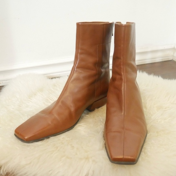 Vintage Tan Leather Square Toe 70s Vibes Booties